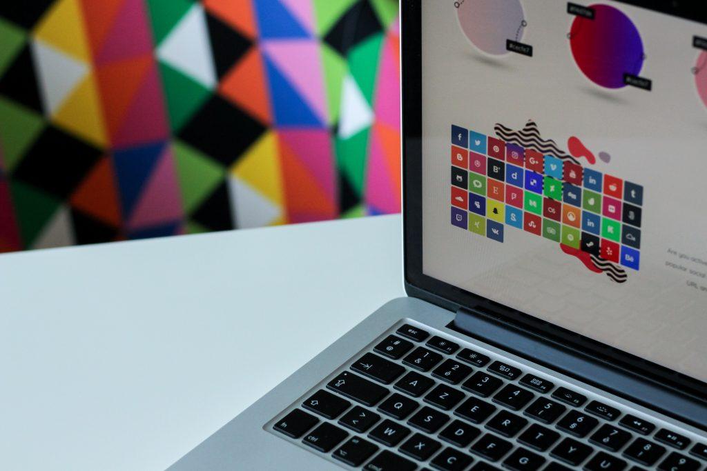 10 инструментов для Facebook: только крутое и бесплатное