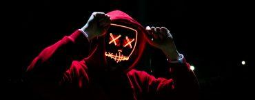 Кейс: 40000 рублей на неоновых масках во Вконтакте