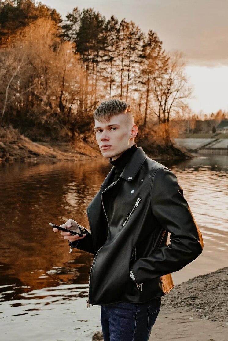 Евгений Круглов